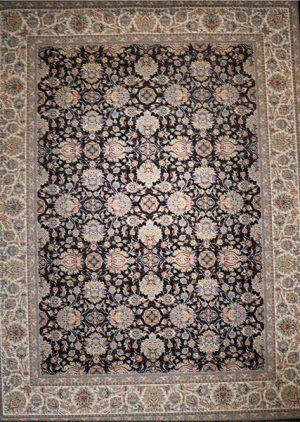 فرش ۱۲۰۰ شانه طرح افشان سنتی زمینه سرمه ای