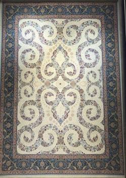 فرش ۱۲۰۰ شانه طرح افشان مستانه زمینه کرم