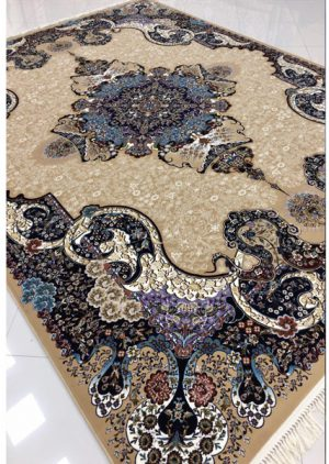 خرید فرش ماشینی ۷۰۰ شانه طرح الی زمینه بادامی - فرش کاشان