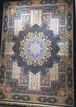 فرش ۱۲۰۰ شانه طرح مینوسا زمینه سرمه ای