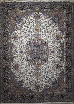 فرش طرح سالاری زمینه کرم نیاوران کاشان - 1200 شانه - کد 3608