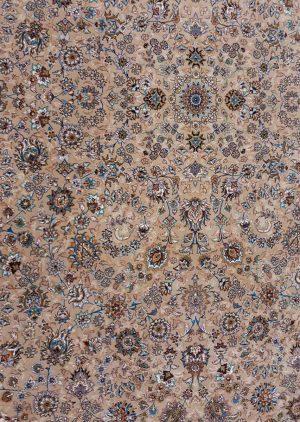 زمینه فرش 700 شانه طرح افشان زمینه بژ بزرگمهر کاشان - کد 7804